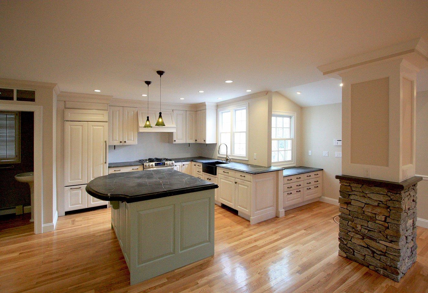 JPS_Kahn kitchen island